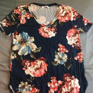 Tops - Brand new navy floral plus size T-shirt